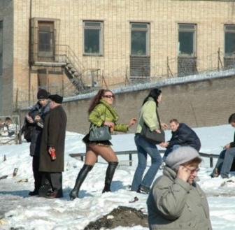 صور إستمتاع بعض الناس بفصل الشتاء