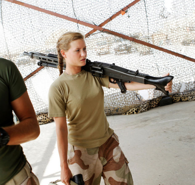 photos of beautiful and strong girls in the army - beauty pictures