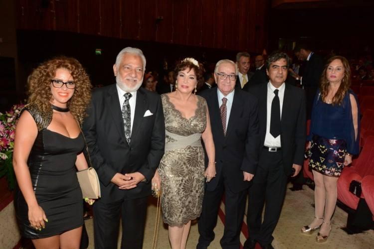 صور الممثلة دنيا عبد العزيز