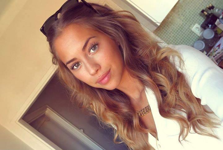 Chica de badoo en webcamdominicana - 2 part 1