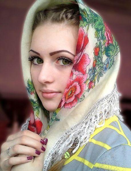 صور بنت جميلة جدا وقوية